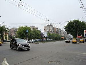 Sector 6 (Bucharest) - Iuliu Maniu Ave/Valea Cascadelor St (Militari quarter - May 2008)