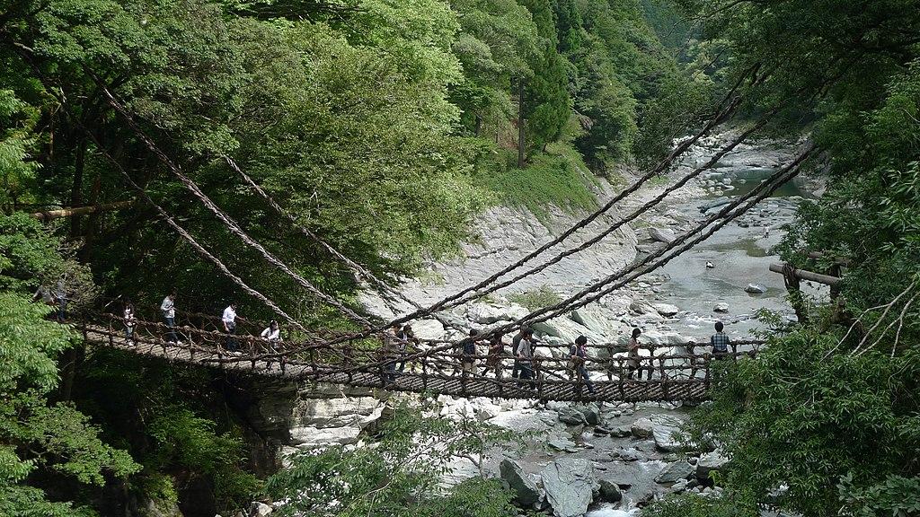 Iya waddle bridge(Kazurabashi) 01