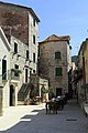 J35 914 Stari Grad, (Trg Ploča).jpg