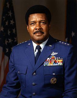 Daniel James Jr.