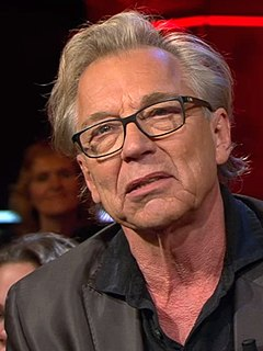 Jan Mulder (footballer) Dutch former football player, writer, actor and television personality (*1945)