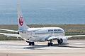 Japan Air Lines, B737-800, JA321J (17567745870).jpg