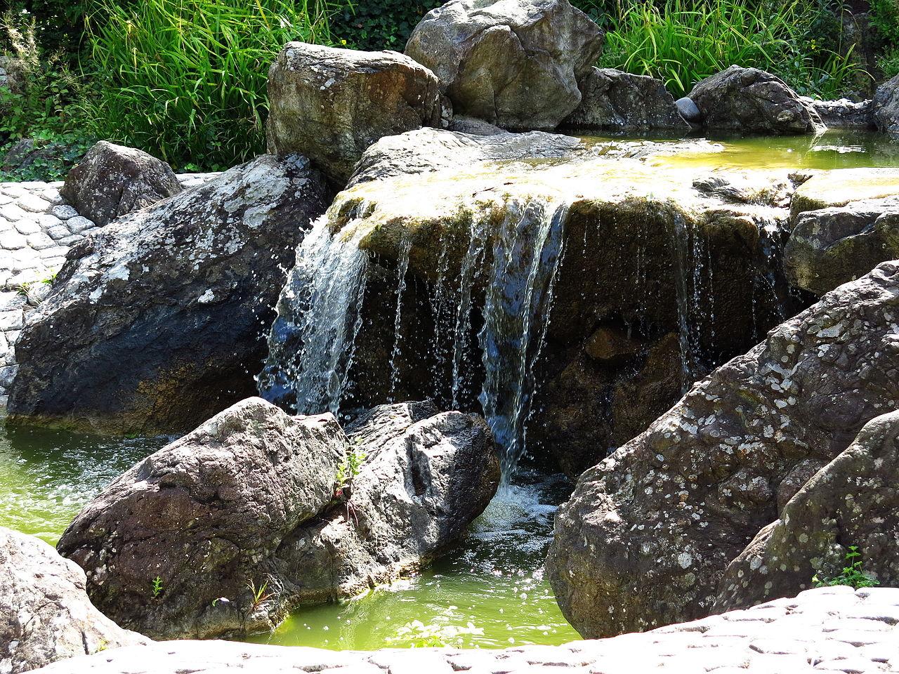 file:japanischer-garten-wasserfall-03 - wikimedia commons, Garten ideen