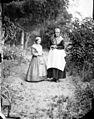Jeanne et Henriette, Cornusson (5345764569).jpg