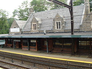 Lansdale/Doylestown Line - The Reading Company constructed the current building at Jenkintown–Wyncote station in 1932