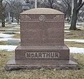 John McArthur's grave at Rosehill Cemetery, Chicago 2.jpg