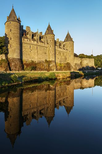 Josselin Castle - Josselin Castle and the River Oust