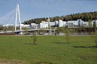 Arto Sipinen - Arto Sipinen: University of Jyväskylä, Ylistönrinne campus