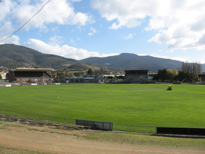 KGV Oval - The old Cresswell-Beakley can be seen to the left