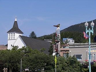 Ketchikan, Alaska church and totem pole.jpg