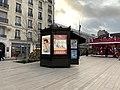 Kiosque Place Pierre Semard Vincennes 2.jpg