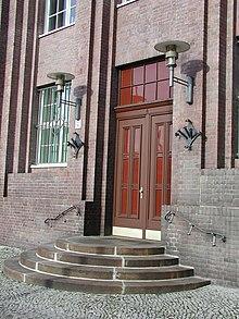 Entrata dell'edificio in Hirschberger Straße