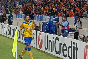 Kamil Kosowski - Kosowski playing for APOEL in a UEFA Champions League match against Chelsea