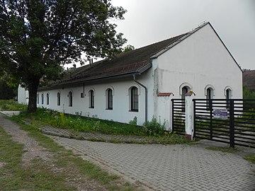 Kraków, Zespół dworski Branice 2019 folwark.jpg