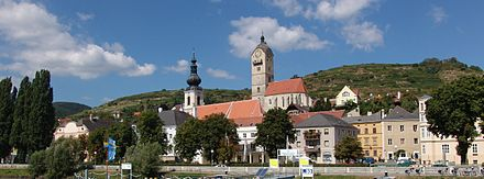 View of Stein an der Donau, a quarter in the west end of the city Krems danube001 2004.jpg