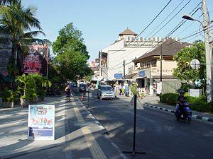 2005 Bali bombings - Central Kuta, near the attack