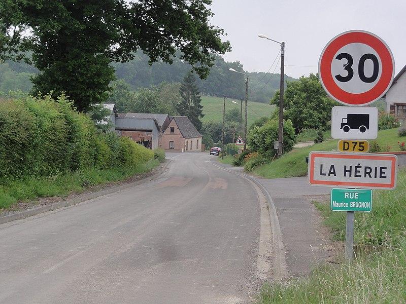 La Hérie (Aisne) city limit sign