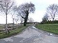Lane to Buscot Wick Farm - geograph.org.uk - 307408.jpg