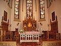 Langenfeld-Altarbereich-Kirche-Reusrath.JPG