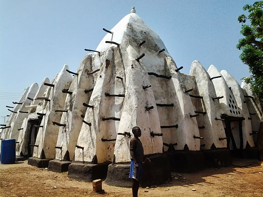 Larabanga Mosque Ghana (side view)