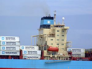Laust Maersk p09 approaching Port of Rotterdam, Holland 14-Jul-2007.jpg