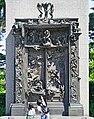 Le Porte de l'Enfer d'A. Rodin (musée national d'art occidental, Tokyo) (28531600418).jpg
