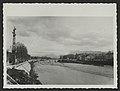 Le quai Henry Latune et l'ancien pont de pierre (33873887344).jpg
