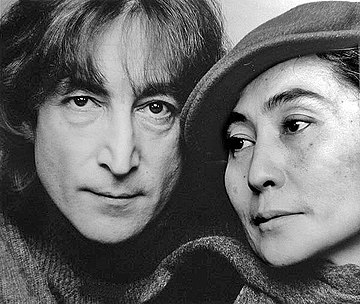 Lennon and Ono in 1980 Lennons by Jack Mitchell.jpg