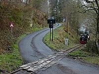 Level crossing near Abergynolwyn - geograph.org.uk - 958521.jpg