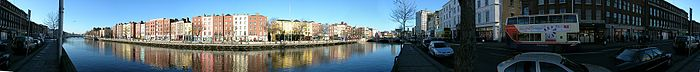 Liffey 180° panorama from south key to north.jpg