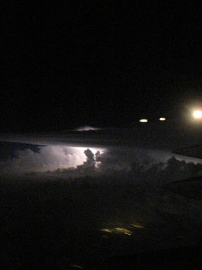 Lightning from United 506 (7174936504).jpg