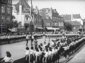 File:Limburgse Jeugdstorm op de markt te Heerlen geïnstalleerd - Spiegel der beweging nr. 9, item 1 48594.webm