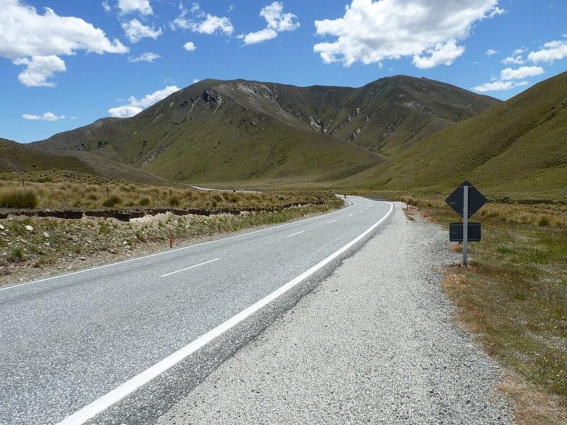 File:Lindis Pass, New Zealand (4).JPG