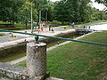 Lock on Canal du Loing P1050463.JPG