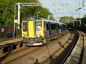 Long Buckby railway station - London Midland train calling at Long Buckby.
