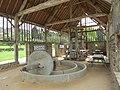 Lonlay-l'Abbaye - pressoir 02.jpg
