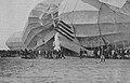 Luftschiff Deutschland LZ 8 auf dem Flugfeld in Düsseldorf am 16. Mai 1911, beginn der Bergungsarbeiten, Foto Heinrich Jäger.jpg