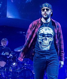 Shadows Performing With Avenged Sevenfold In 2017