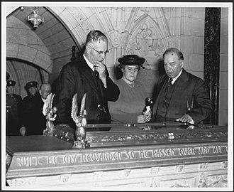 Mackenzie King, the Prime Minister of Canada, hosting Prime Minister John Curtin of Australia and his wife Elsie at the Peace Tower in Ottawa. Mackenzie King with Mr and Mrs John Curtin.jpg