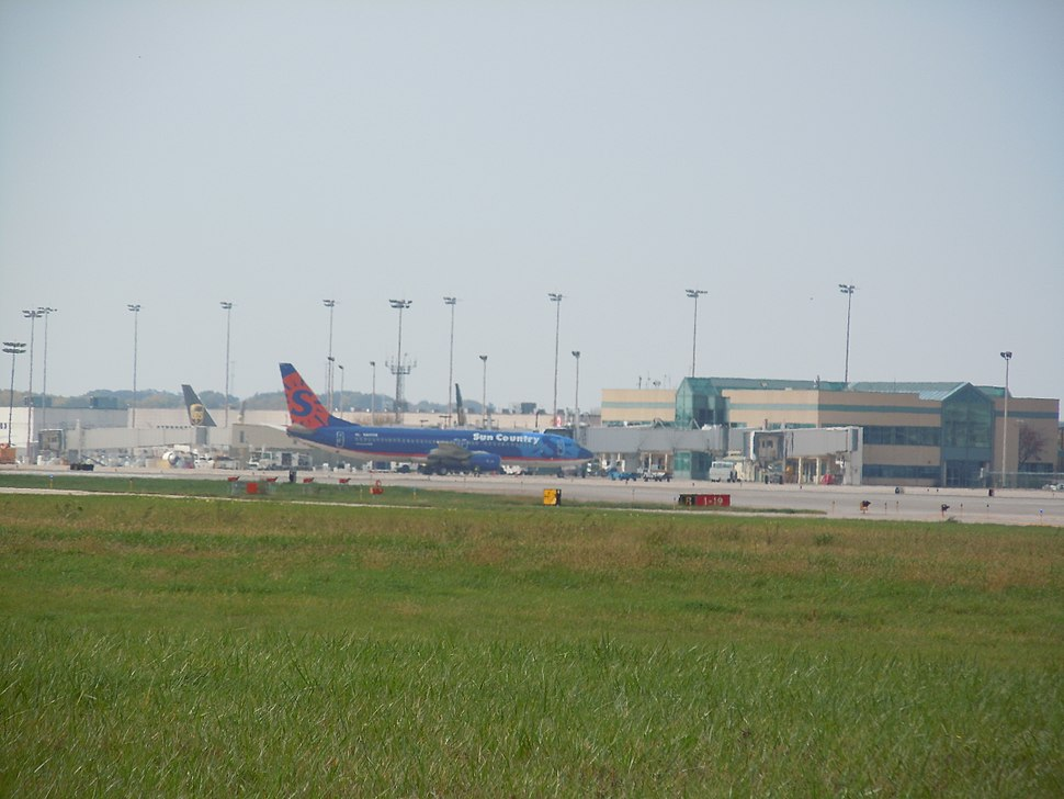 Main Terminal at Chicago-Rockford Int%27l Airport