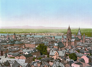Mainz Cathedral - Mainz Cathedral across from St. John's, 1890