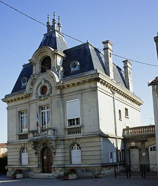 La mairie de Berru.