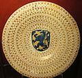 Manises, bacile con lustro metallico e stemma, 1450-1499 ca..JPG