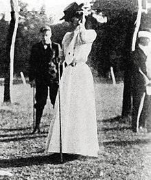 Margaret-abbott-gold-medal-1900-golf.jpg