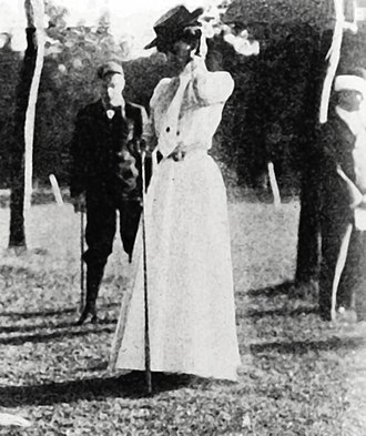 Margaret Abbott - Image: Margaret abbott gold medal 1900 golf