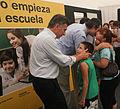 Mauricio Macri entrega notebooks a alumnos de colegios primarios (6582578265).jpg