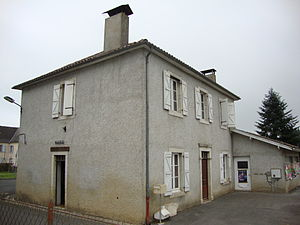 Menditte - The town hall of Menditte
