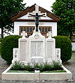Merazhofen Friedhof Kriegerdenkmal.jpg