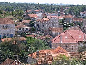 Milna, Brač - view from the top of Dosecine street.jpg