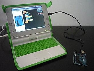 Minibloq - Image: Minibloq progamming an Arduino UNO